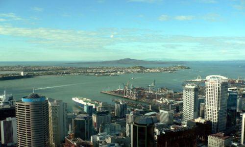 Zdjecie NOWA ZELANDIA / Wyspa Polnocna / widok ze Sky Tower / Auckland, Huraki Bay