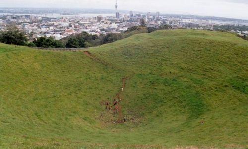 Zdjęcie NOWA ZELANDIA / Auckland / krater / Koreańczycy w Auckland