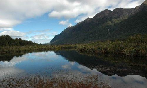 Zdjecie NOWA ZELANDIA / Fiordland / NZ  / Mirror Lake