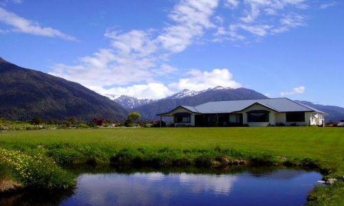 Zdjecie NOWA ZELANDIA / Poludniowa Wyspa / Fox Glazier Village / w Fox Glazier Willage