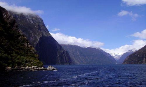 NOWA ZELANDIA / Południowa Wyspa / Fiordland / fiordy w Milford Sound