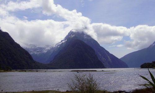 Zdjecie NOWA ZELANDIA / Południowa Wyspa / Milford Sound / Mitre Peak - jeszcze raz