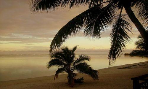 Zdjecie NOWA ZELANDIA / Wyspy Cooka / Atol Aitutaki / o świcie na Aitutaki