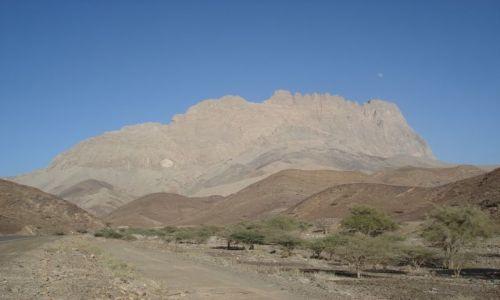 Zdjecie OMAN / Ad Darzis / droga Al-Ayn - Bat / Góra