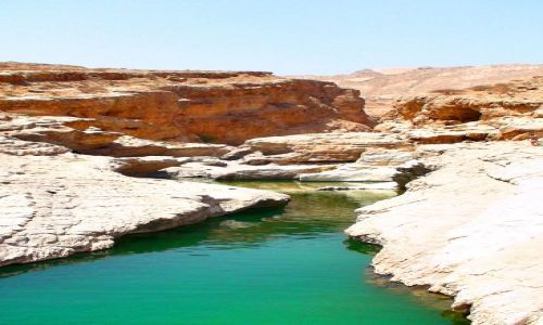 OMAN / 200 km na płd. wsch. od Maskatu / Oaza Wadi Bani Khalid / W krainie Sindbada