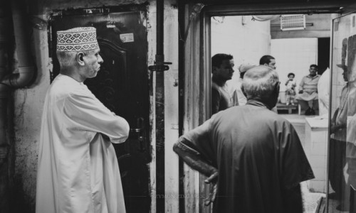 Zdjęcie OMAN / Muhafazat Maskat / Mutrah Souk / W kolejce po chleb