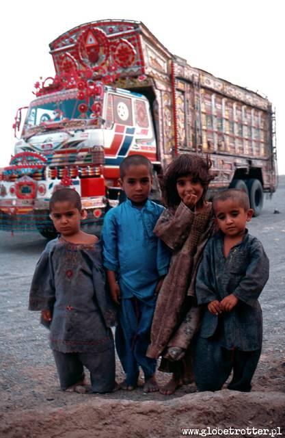 Zdj�cia: przystanek, Quetta, Dzieci, PAKISTAN