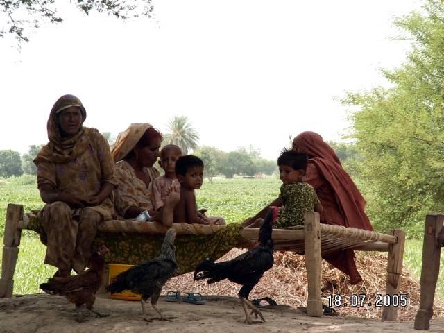Zdjęcia: Fort Derawar, Pakistan, Kobiety z Fortu Derawar, PAKISTAN