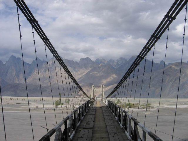 Zdj�cia:  Pakistan, pn. Pakistan, niedaleko granicy z Chinami, wrota Karakorum ..., PAKISTAN