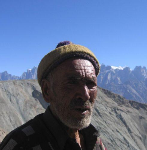 Zdjęcia: północny Pakistan, Karakorum, człowiek gór ..., PAKISTAN