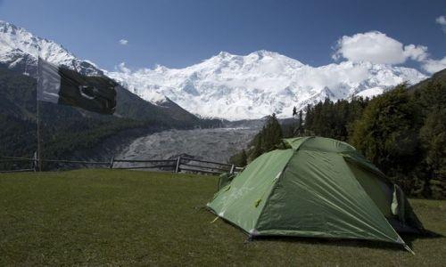 Zdjecie PAKISTAN / fairy meadows  / camping / fairy meadows nanga parbat camping :-)
