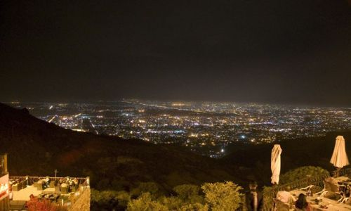 Zdjecie PAKISTAN / Islamabad  / Islmabad / Islamabad wieczorem