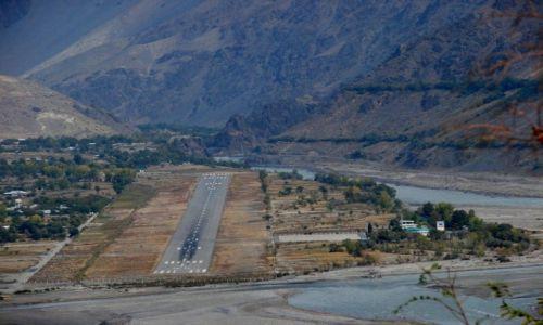 Zdjęcie PAKISTAN / Czitral / Czitral / Lotnisko