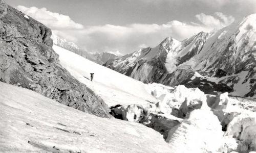 Zdjecie PAKISTAN / dolina shigar / lodowiec chogolungma / Malubiting