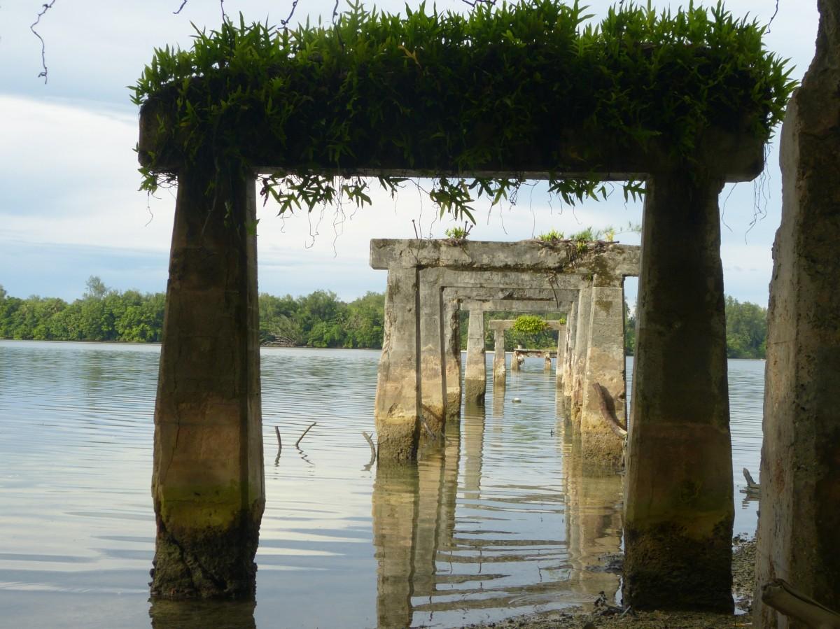 Zdjęcia: Peleliu, Peleliu, Molo - ruina , PALAU
