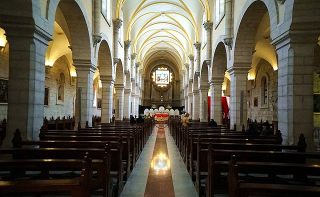 Zdjęcia: ., Betlejem, Kościół św. Katarzyny, nawa główna, PALESTYNA