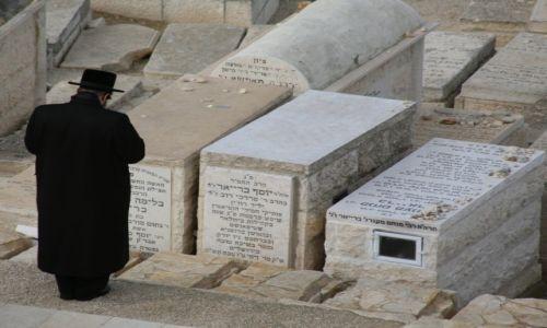 Zdjęcie PALESTYNA / Jerozolima / Góra Oliwna, cmentarz / Modlitwa