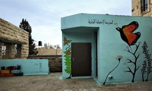 Zdjęcie PALESTYNA / Betlejem / Pole Pasterzy / Dzisiaj w Betlejem - Kolorowa szkoła