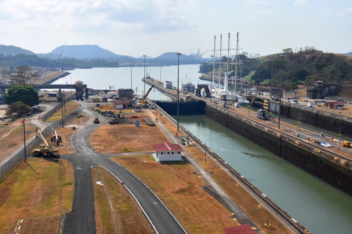 Zdjęcia: Kanał Panamski, Miraflores, Nad Pacyfikiem, Kanał Panamski, Miraflores, PANAMA