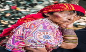 Zdjecie PANAMA / san blas / san blas / Indianka Kuna