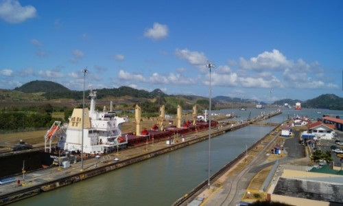 PANAMA / Kanał Panamski / Kanał Panamski / Na kanale