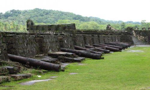 Zdjęcie PANAMA / Colon Province / Portobelo - Fuerte San Jeronomo / Hiszpańskie pamiątki