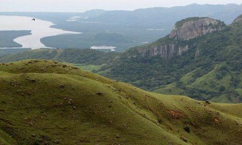 Zdjęcie PANAMA / Panama Province / Parque Nacional Altos de Campana / W góry