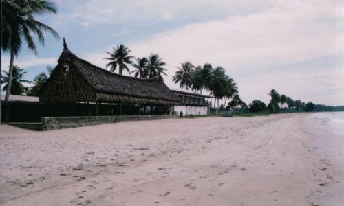 Zdjęcie PAPUA NOWA GWINEA / AUSTRALIA I OCEANIA / WEWAK - HOTEL WINDJAMMER / PAPUA NOWA GUINEA - EKSPEDYCJA PO RZECE SEPIK I JEJ DORZECZACH