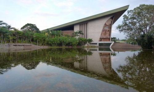 Zdjęcie PAPUA NOWA GWINEA / Południe / Port Moresby / Gmach parlamentu IV