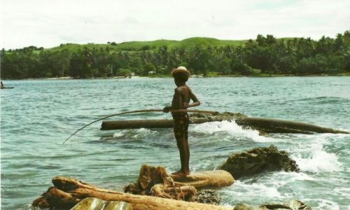 Zdjecie PAPUA NOWA GWINEA / Wschodnia PNG / Mandy Bay / Wędkarz