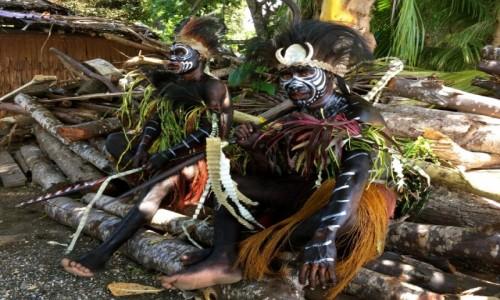 Zdjęcie PAPUA NOWA GWINEA / Milne Bay / Alotau / festival