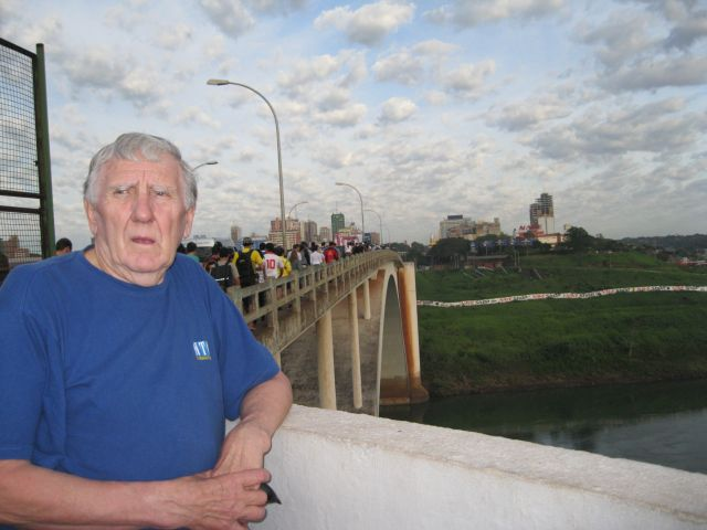 Zdjęcia: Na moście przyjażni, Brazylia -Paragwaj, Most przyjażni, PARAGWAJ