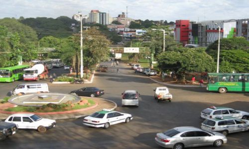 Zdjęcie PARAGWAJ / Paragwaj / Ciudad del Este / Ciudad del Este w Paragwaju