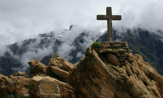 Zdjęcia: Kanion Kolca, Kanion Kolca, Góruje  nad  kanionem, PERU