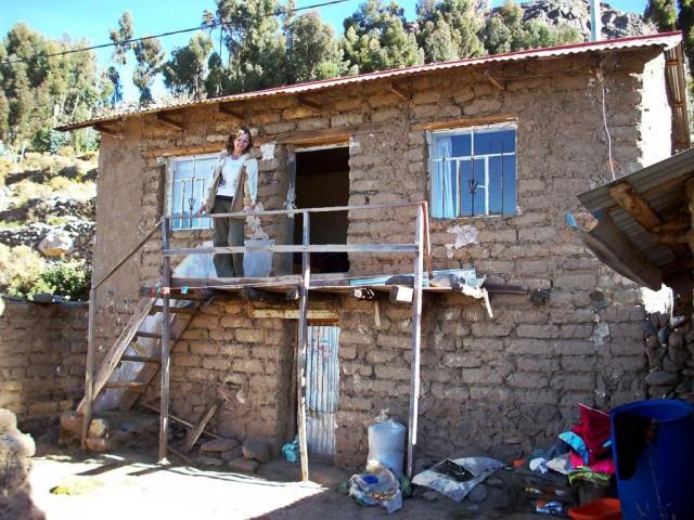 Zdjęcia: Wyspa Amantani, Jez.Titicaca, Gliniany domek, PERU