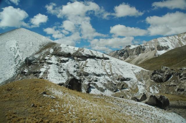 Zdjęcia: Peruwiańskie Andy, Arequipa, popruszyło śniegiem (zdj. do art.), PERU
