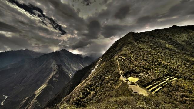 Zdjęcia: Choquequirao, Cusco, Burzowe chmury nad twierdzą, PERU
