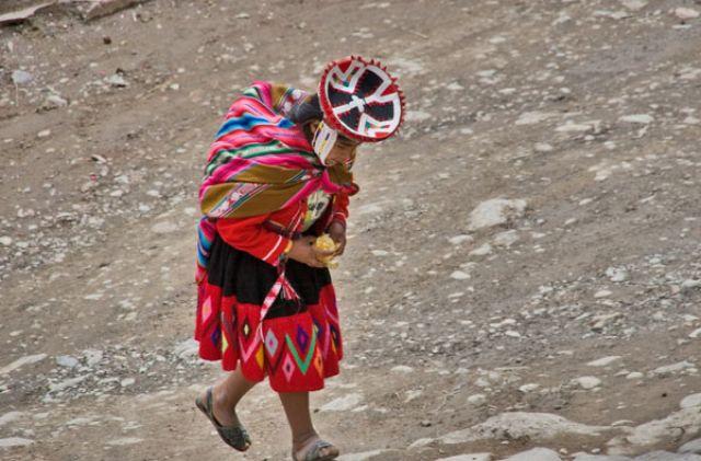 Zdj�cia: Kobieta z m.PISAC, : KOBIETA 1 :, PERU