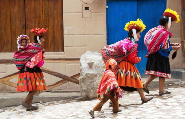 Zdjęcia: PISAC, -Dolina INKóW, Z cyklu kobiety świata, PERU
