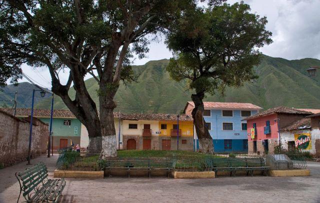 Zdjęcia: CHIVAY, ** * *, PERU