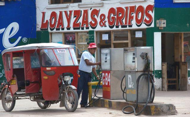 Zdj�cia: CHIVAY, Taxi, PERU