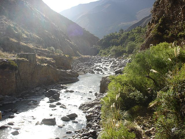 Zdj�cia: Canion Colca, RZEKA COLCA, PERU