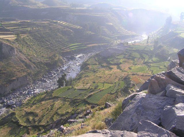 Zdjęcia: dolina Chivay, południe Peru, terasy, PERU