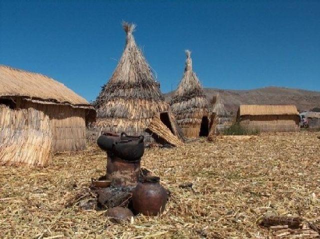 Zdjęcia: Jezioro Titicaca, Altiplano, Osada Indian Uros, PERU