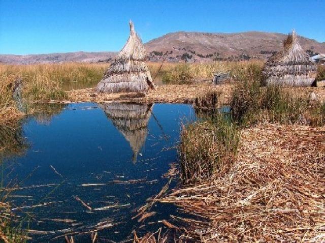 Zdjęcia: Jezioro Titicaca, Altiplano, Pływająca wyspa, PERU