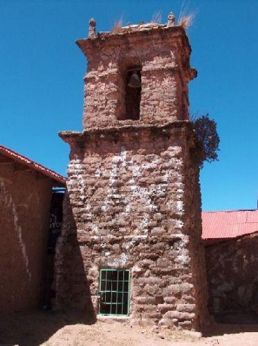 Zdjęcia: Jezioro Titicaca, Altiplano, Dzwonnica w miasteczku Taquile, PERU