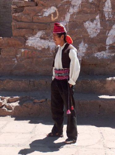 Zdj�cia: Jezioro Titicaca, Altiplano, Tradycyjny ubi�r - Wyspa Taquile, PERU