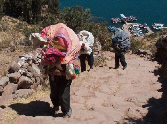 Zdjęcia: Jezioro Titicaca, Altiplano, Powrót z miasta - Wyspa Taquile, PERU