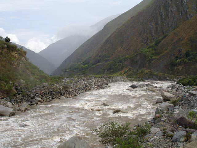 Zdjęcia: Okolice Santa Maria, Widok na rzeke Urumbaba, PERU