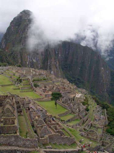 Zdjęcia: Machu Picchiu, Widok na ruiny Machu Picchu i szczyt Wayna Picchu, PERU